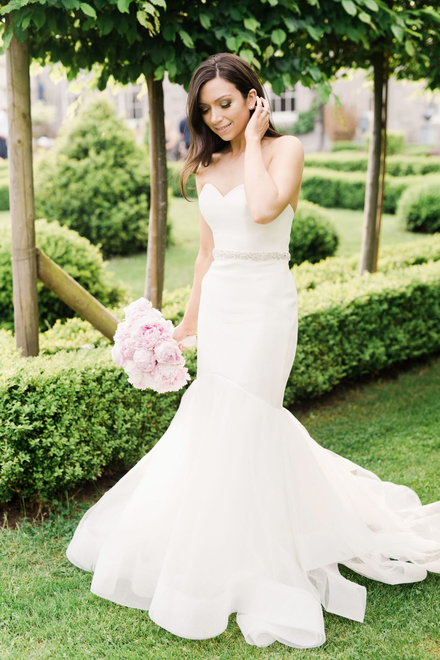 wedding, finding my wedding dress, wedding dress, Katalina enzoani blue, blue by enzoani, enzoani real brides, katalina dress, fishtail wedding dress, dizzybrunette3 wedding, emma pilkington wedding photography, emma pilkington wedding, wedding dress goals, wedding dress shopping advice,