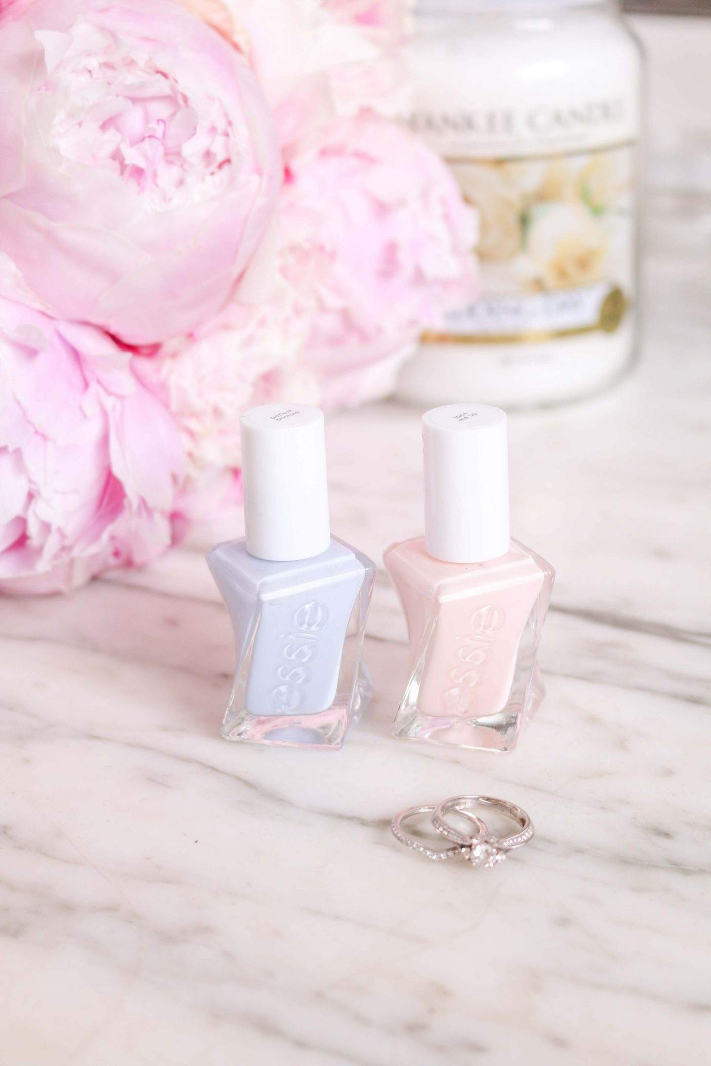 wedding nails, nails. wedding manicure, essie, essie gel couture, essie lace me up, essie pale pink, bride nails, bride to be, essie nude nails, dizzybrunette3 nails,