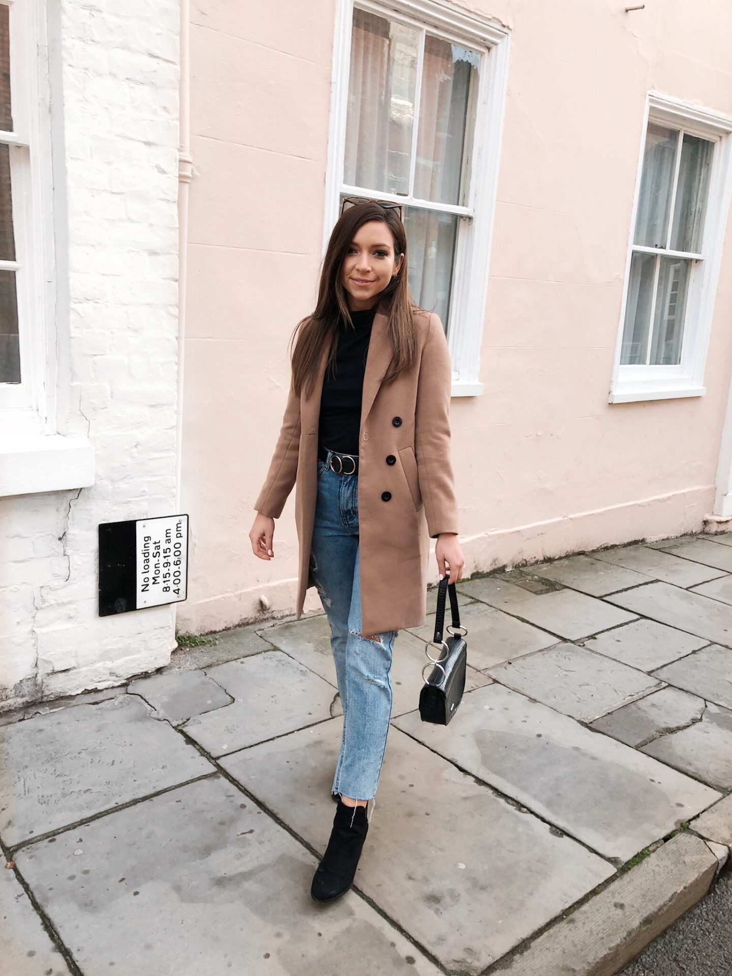camel coat, chic coat, how to look chic on a budget, boohoo camel coat